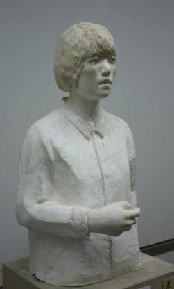 美術協会賞彫塑部門 町田聡子(彫刻3年)「音のない声」
