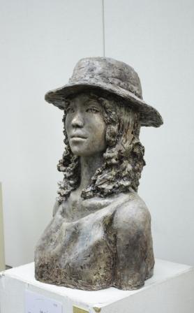 佳作賞彫塑部門 田澤恵(彫刻2年)「追憶」